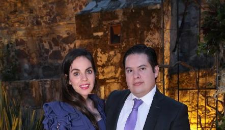 Alejandra Rosales y Gabriel García.