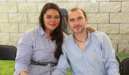 Martha Alicia Acevedo y Oliverio López.