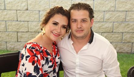 Ana Curiel y José Galarza.