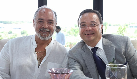 José Luis Cervantes y Luis Obregón.