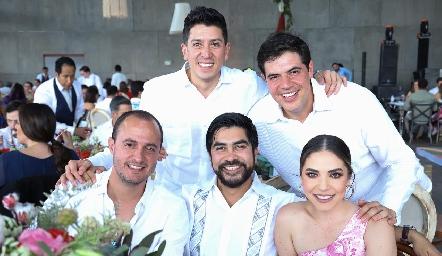 Víctor Fuentes, Leyenda, Javo, Alex Ópera y Gris Barraza.