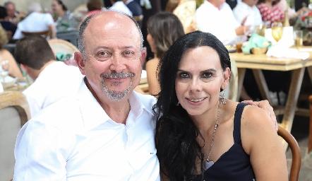 Ricardo Emilio e Ivonne Jiménez.
