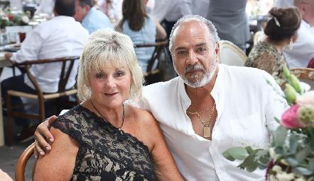 Cindy y José Luis Cervantes.