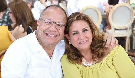Jorge y Malú Contreras.