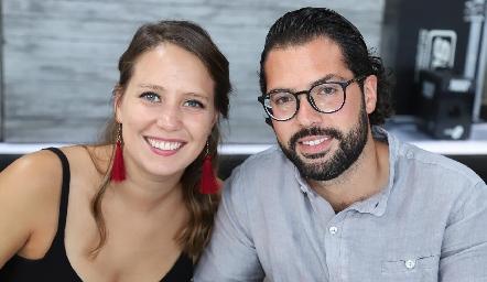 Regina de Hoyos y Mauricio Carbonell.