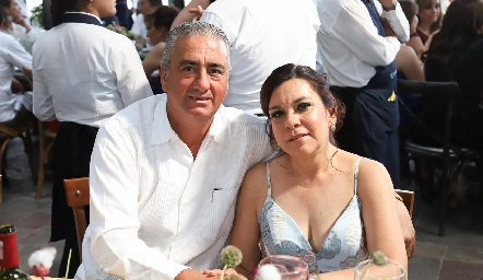 Raúl Martínez y María Elena Lomelí.