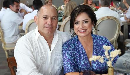 Marco Antonio Schekaibán y Rocío Castellanos.
