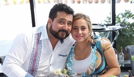 Romey Ledezma y Jazmín Rodríguez.
