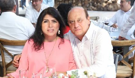 Carolina Aguilar y Ricardo Medina.