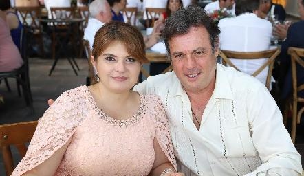 Bertha Navarro y Arturo Zapata.