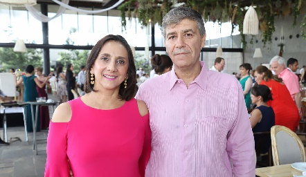 Edda Gocher y Gilberto Alonso.