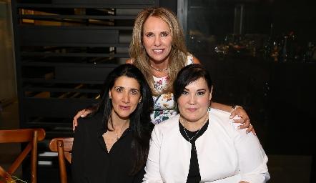 Lupita Pereda, Alicia Tanus y Gaby Casillas.