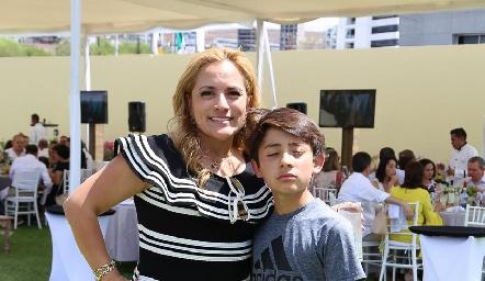 Yolanda Tapia y Marco Vera.