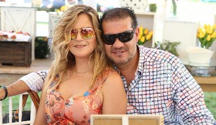 Erika Olivares y Juan José Yáñez.