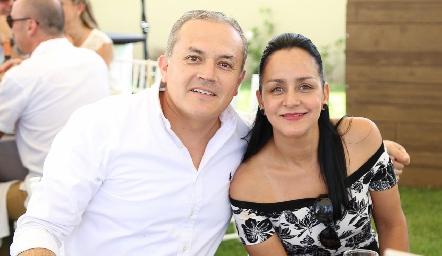 César Ortega y Amaranta Martínez.