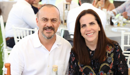 Mariano González y Claudia Martínez.