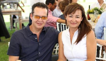 Juan Carlos Galván e Iliana Ávila .