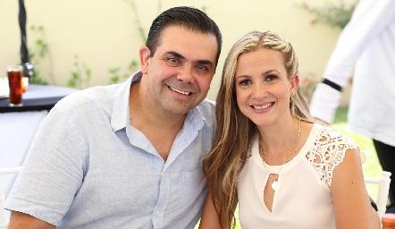 Miguel Compean y Aurora Irigoyen.