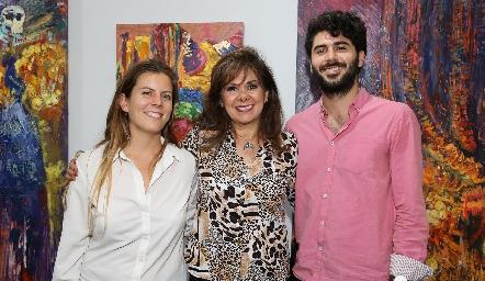 Nicole, Elia de Padilla y René Padilla.