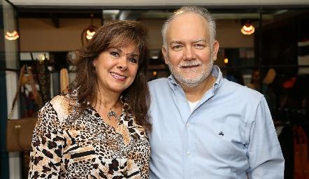 Elia de Padilla y René Padilla.