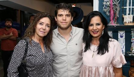 Adriana Milán, Ricardo de la Torre y Lucía Martínez.
