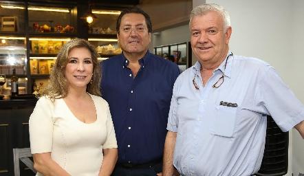 Lorena de la Parra, Rafael Olvera y Armando de la Parra.