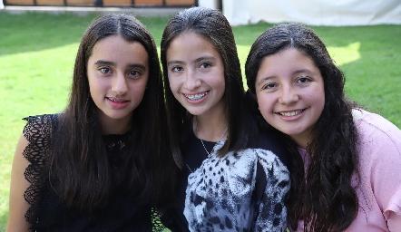 María, Ana Pau y Julieta.