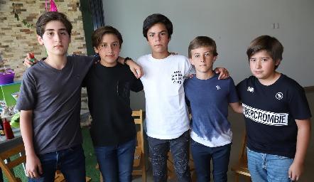 Santiago, Teo, Sebastián, Pablo y Marcelo.