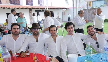 Francisco Arellano, Diego Valdez, Rodrigo Pérez, Fernando Pérez y Alejandro Pérez.