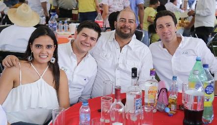 Marilupe Valdez, Fernando Pérez, Sergio y Alejandro Muñoz.
