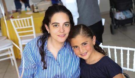 Yesmín Soto y María.