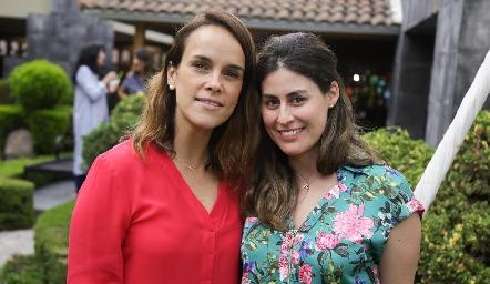 María y Andrea.
