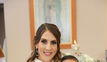 Ceci Castelo con su hijo Juan Pablo.