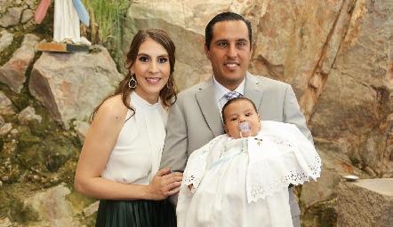 Juan Pablo con sus papás Ceci Castelo y Juan Pablo Ramírez.