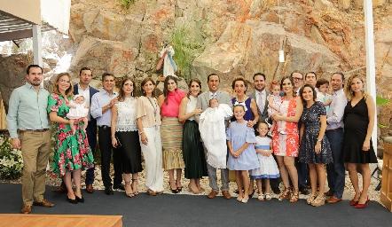 Familias Castelo y Ramírez Abella.