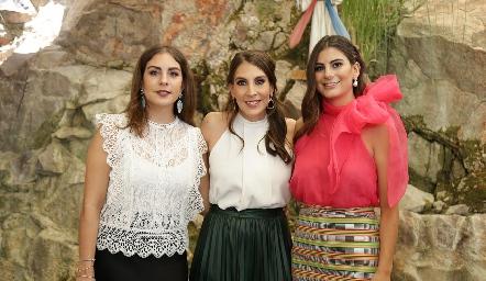Isa, Ceci y Lu Castelo.