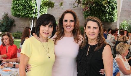 Teresa Mancilla, Gabriela Payán y Maite Bustindui.