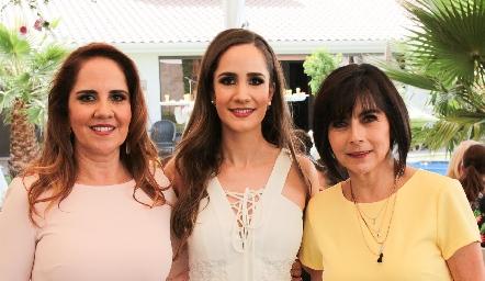 Gabriela Payán, Dani Mina y Teresa Guerrero.