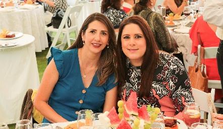 Roxy Loredo y Luz Elena Lomelí.
