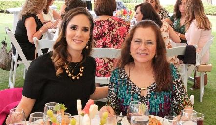 Ana Gaby Mina y Dora Irma Guzmán.
