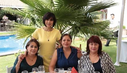 Rosa Laura Guerrero, Teresa Guerreo, Eugenia Zarandona y Mary Carmen Guerrero.