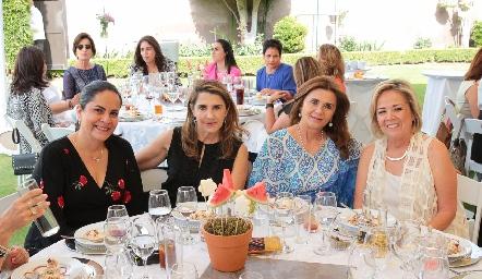 Elsa Martínez, Mayte Bustindui, Irasema Medellín y Ana Lu Medina.