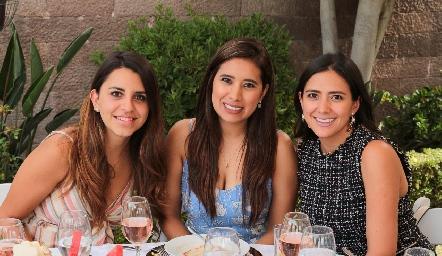 Mercedes Farías, Naora Segarra y Sara Robles.
