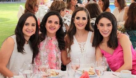 Claudia Villasana, Yolanda Aguillón, Dani Mina y Adri de la Maza.