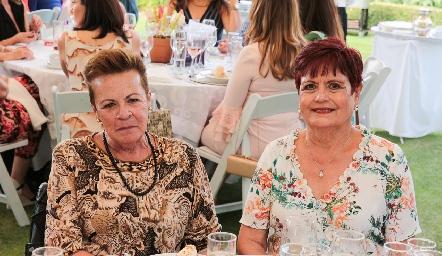 María del Carmen Mancilla y María Cristina Mancilla.