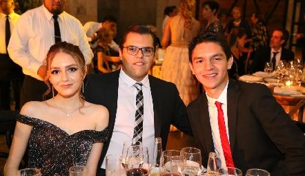 María Elena Martínez, José María Torres y Saúl Martínez.