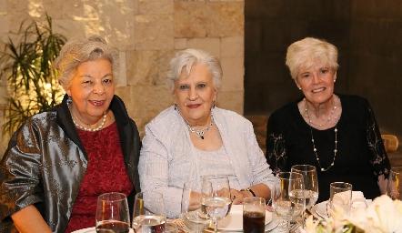 Guadalupe Servín, Julia Teresa Gómez y María Matienzo.