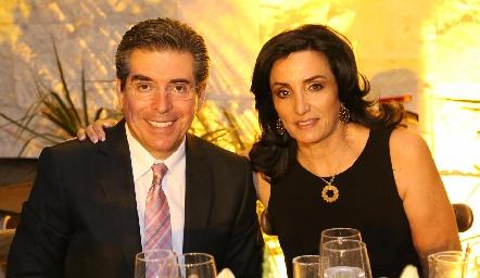 Ángel De Luna y Alejandra De Luna.
