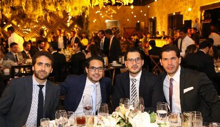 Elías Barhum, Vitorio Ortiz, Enrique Linares y Manuel Linares.