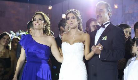 Paulina De Antuñano, Daniela y Marco Güemes.